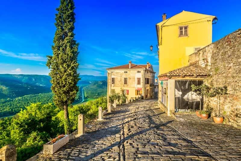 Motovun, posebna i romantična Istra