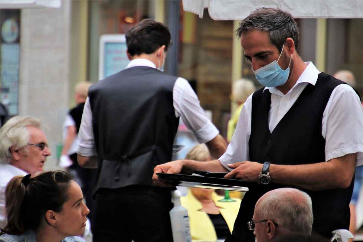 Francuska Otvara se restoran u kom nema zaraze, bar tako kažu