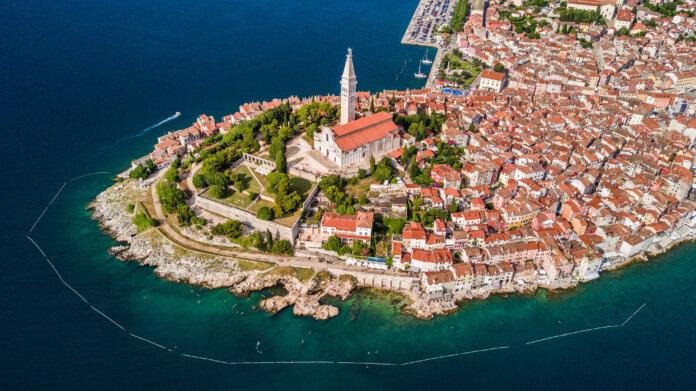 Hrvatska među pet najtraženijih letnih destinacija